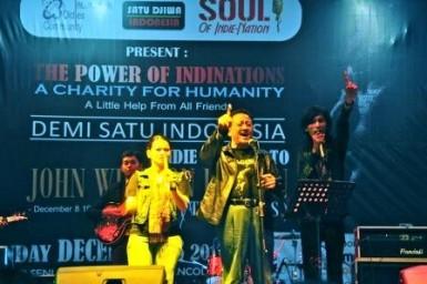 INDIE Band John Lennon ANCOL Irman Guzman foto 3 Yul Adriansyah